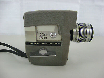 Revere Cine-Zoom Model 114 8mm Movie Camera in Original Case with Manual