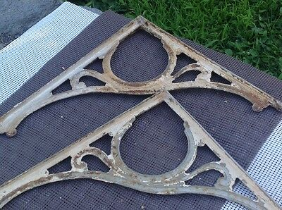 VIntage  CAST IRON DECORATIVE SHELF BRACKETS LARGE 17 1/2 x 16 ARCHITECTURAL