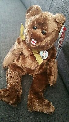 TY Beanie Baby. Champion (England) the bear. Mint Condition.