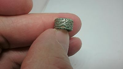 Beautiful Roman Silver Romano/Celtic hair ring nice condition very wearable L299