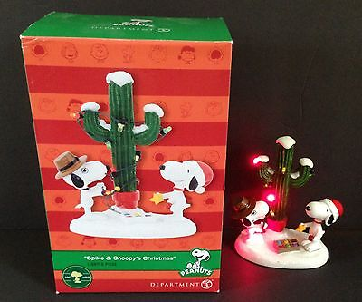 Dept 56 PEANUTS Village Spike & Snoopy's Christmas LIGHTED PIECE 4043416 Box