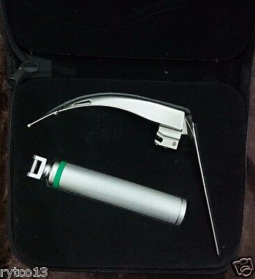 McCoy Fiber Optic Laryngoscope Set with Flex Tip Blade # 4 + Medium Handle