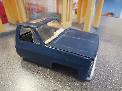Vintage Chevy Pick Up Model Kit Cab With Sunroof And Engine