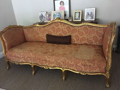 Lovely Gilt Antique French Louis XV Style Carved 3 Piece Salon Suite