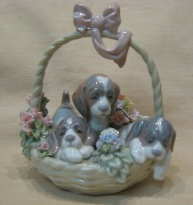 Lladro A LITTER OF LOVE, Puppies in a Basket, with Original Box