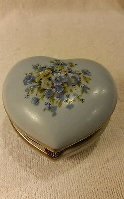 Vintage ALL Blue Floral Heart Shaped Trinket Jewelry Hinged Box ~ Japan 44/456