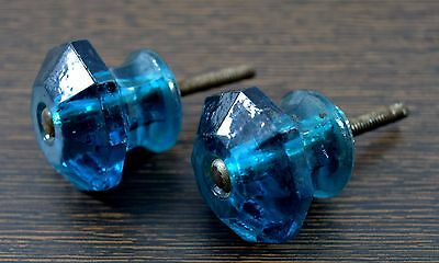 Pair of Beautiful Vintage Decorative Glass Drawer/Wardrobe/Door Knobs. i24-62