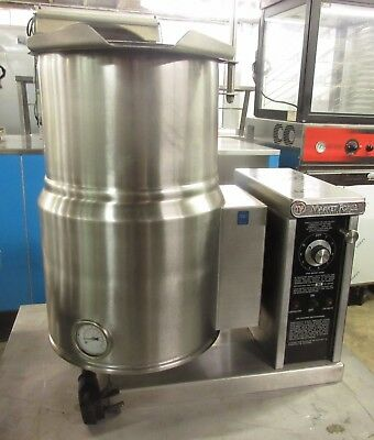 Market Forge 6 Gal. Self-Contained Countertop Steam Jacketed Tilt Kettle FT-6CE