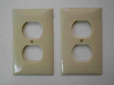 2 Vintage Sierra Electric Company Ivory Bakelite Ribbed Outlet Cover Plates