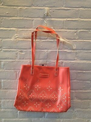 b26bf3be03 NWT - VERA BRADLEY - Coral Laser-Cut Floral Faux Leather Summer Tote - ORG