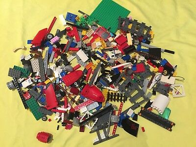 1kg of Mixed Lego pieces - pristine condition - Lego Lot no 6