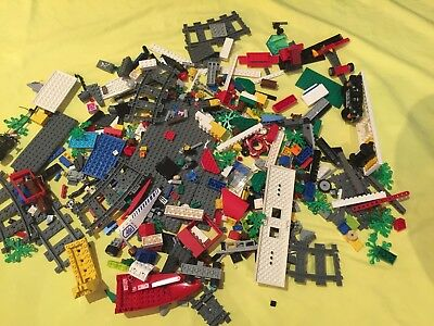 1kg of Mixed Lego pieces - pristine condition - Lego Lot no 10