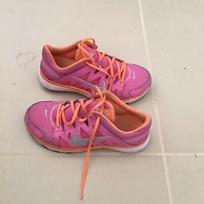 Nike Training Runners Women's Shoes Sneakers Size 8 Nike Joggers Gym Fitness