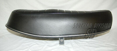 Sitzbank T140 TR7 1973-77  dual seat also possible for OIF 78- 83-7065 US tank