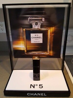 💯%auth Chanel Store Display