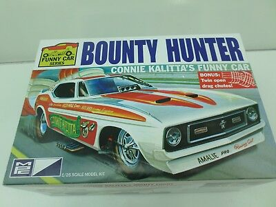 1:25 Bounty Hunter Connie Kalitta's Funny Car Mpc Mpc-788