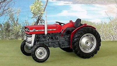 Massey Ferguson 135 Series Tractor Diecast Scale 1/32 New