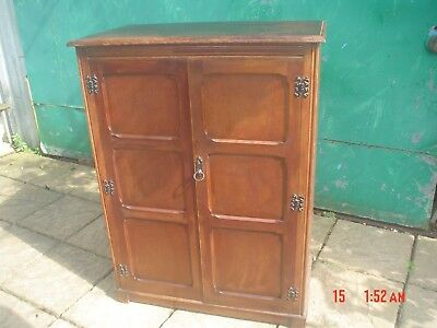 LINEN PRESS MADE IN THE 1950s  MADE BY VESPER,