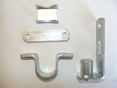 1 x Farm gate hinge set 25NB Post fastener