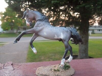 CM Drastic Custom Rose Cheveyo Mustang Artist Resin Model Horse