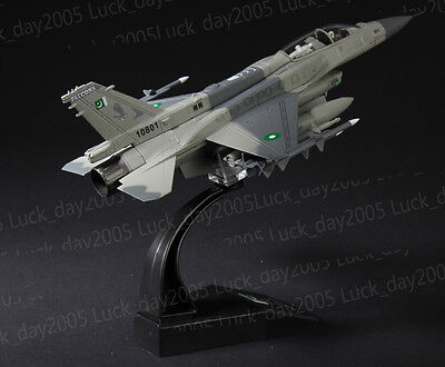 Amer Com Pakistan Air Force F-16 Fighting Falcon D Block-52 1/72 Diecast Model