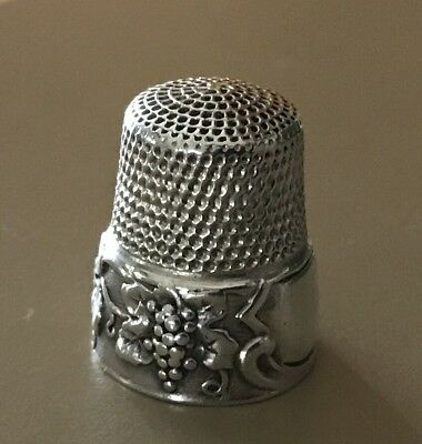Antique Sterling Early SIMONS BROTHERS THIMBLE Grape Leaf HIGH RELIEF Sz 8