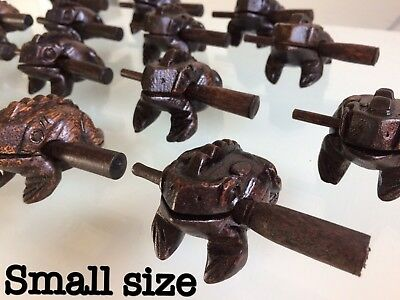 A LUCKY THAI VINTAGE WOODEN HANDCRAFT FROG CROAKING SOUND WITH STICK-Size Small