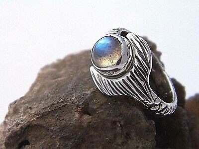 Hand Made H2O Just Add Water Mako Mermaid Tail Ring Natural Labradorite Cabochon