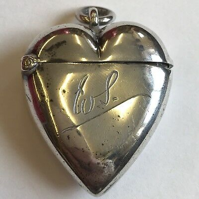 Victorian Solid Silver Novelty Heart Shaped Vesta Case 1897 4.5cm X 3.5cm Dented