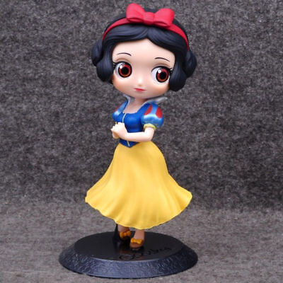 Q posket Disney Characters Girl Princess Snow White PVC Loose Figure Toys Gifts