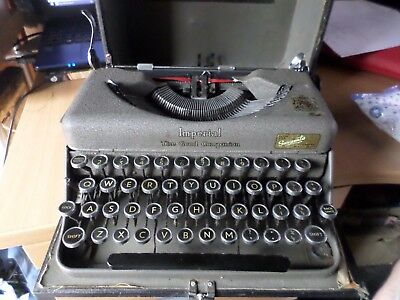 imperial good companion   manual portable  cased TYPEWRITER