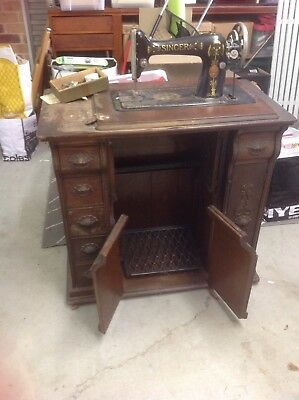 antique treadle Singer sewing machine