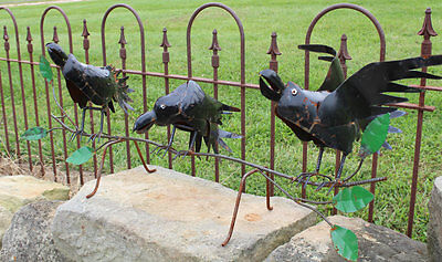 Recycled Metal 3 Crows Yard Decor Lawn Accent