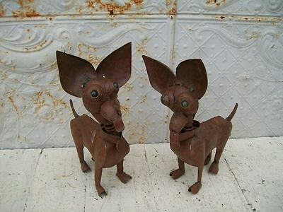 Metal-Chiwawa-Dog-Yard-Ornament  Chihauhau Small Dog