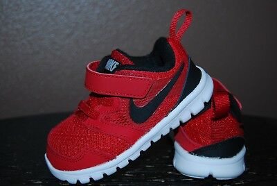 Nike Toddler Boy's Athletic Shoes - Size 5 C - Red