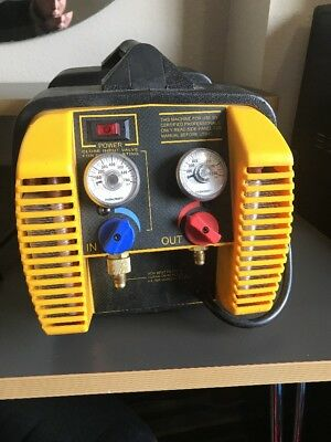 Appion G5 Twin Refrigerant Recovery Machine - Excellent Condition!