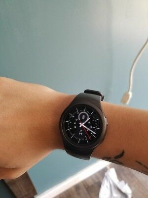 gear s2 (PRICE NEGOTIABLE)