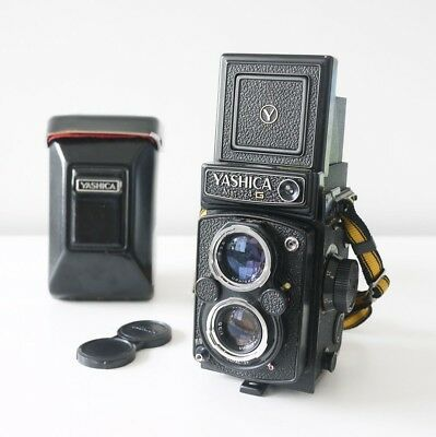 Yashica Mat 124 G FILM TESTED w/ case and strap