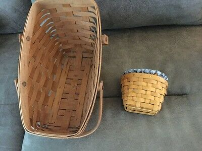 Longaberger lot of baskets -two in set