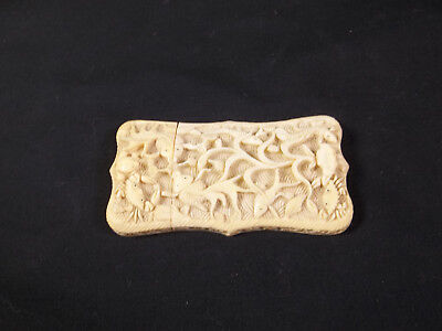 """Ornate VINTAGE Celluloid Sewing Needle Holder? 3 x 1 1/2"""""""