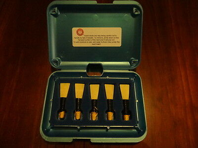 Megarrity Bagpipe chanter reeds and case