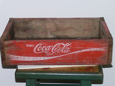 "Vintage Wood Coca-Cola crate 1975 chattanooga 12"" x 18""X 5"" Great patina."