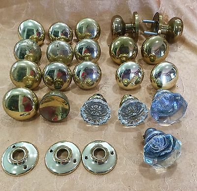 18 Assorted Antique Glass Brass Door Knobs Assorted Sizes And Styles