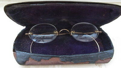 ANTIQUE/VINTAGE WIRE EYEGLASSES (with faint stamp mark)