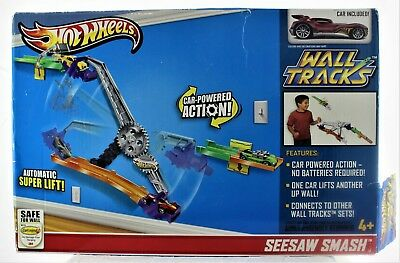 Hot Wheels Seesaw Smash Wall Tracks Car Powered Action Super Lift New in Box