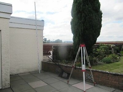 Surveyors Staff,4m extending, good condition use with dumpy level or theodolite