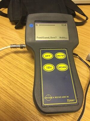RF Analyser Meter coaxial cable test kit Swires Terry with modulator