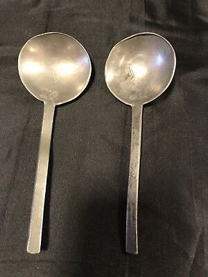 2 1600/1700s good condition pewter spoons with maker marks
