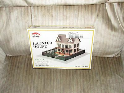 Model Power N Scale Hanuted House Building Kit #1555 **NEW** Hobbies Structure