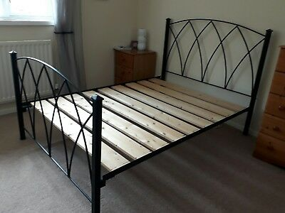 Cast iron bed  double - 4ft 6in